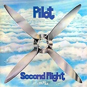 Pilot「Second Flight」(1975)_c0048418_22473204.jpg