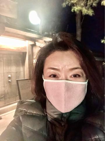 マスクは必需品_b0099226_13421400.jpg