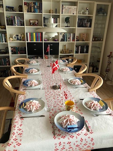 夫の誕生会での孫との交流_b0253226_05350118.jpg