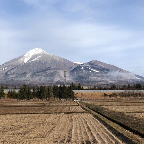 暖冬を肌で感じた1月の磐梯山。_f0023333_21490367.jpg