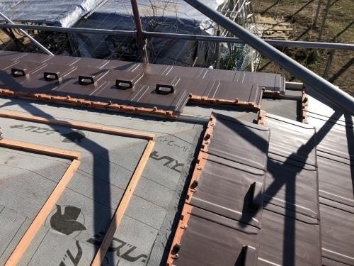 甲府市 ブラウンの屋根 其の一_b0242734_20522393.jpeg