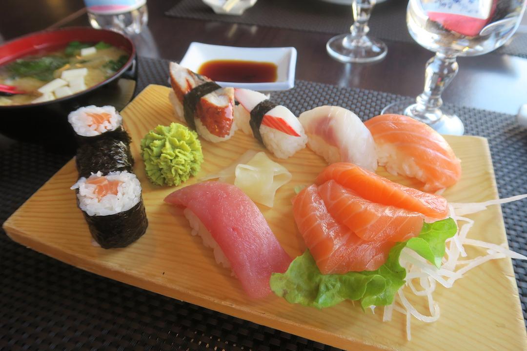 新春にお寿司おいしいオルヴィエート_f0234936_6345574.jpg