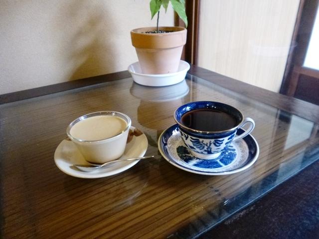 プリンは喫茶店のお楽しみ_e0230141_21051970.jpg