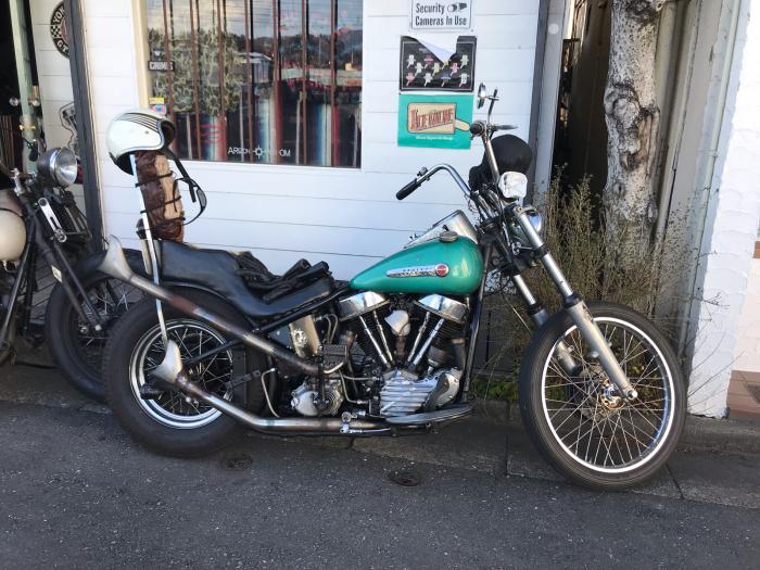 本日のバイク!_f0194657_15161313.jpg