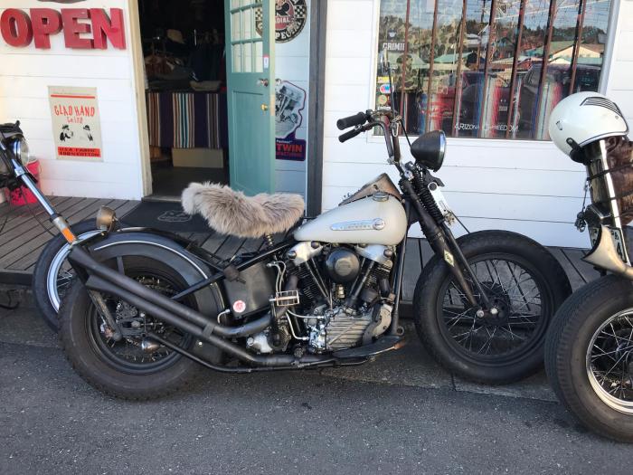 本日のバイク!_f0194657_15161434.jpg