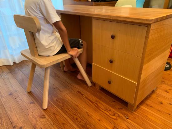 思い付きで椅子製作 彼の初デザイン_f0053665_13142237.jpg