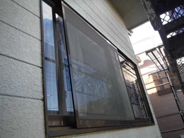 屋根、天井、カーポート ~ 窓格子と天井工事。_d0165368_05485366.jpg