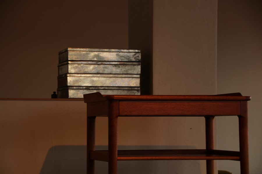 『熊本I様邸へ C.B.Hansen Side Table』_c0211307_07045740.jpg
