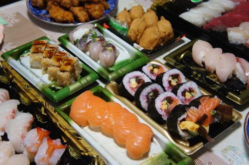 【実家で新年会*お寿司と唐揚げ】_f0215714_16301537.jpg