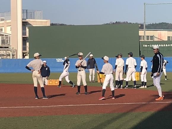 亜細亜大学野球教室_d0262619_00445439.jpg