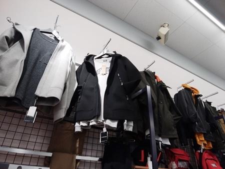 通勤用の衣服を買い揃える_b0312424_19591915.jpg