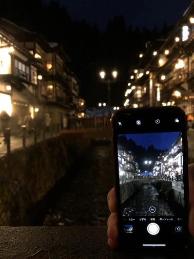 家族旅行で『銀山温泉』。ライトアップされた幻想的な大正ロマンの街並み_f0023333_21594884.jpg