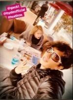 GACKTさんとHYDEさんが大阪でお茶する写真_c0036138_12560690.jpg