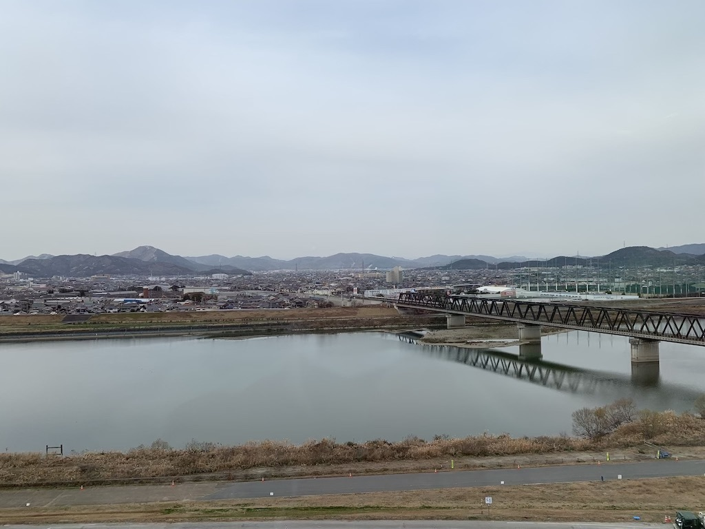 加古川中央市民病院から高御位山方面をのぞむ_b0279441_21364396.jpg