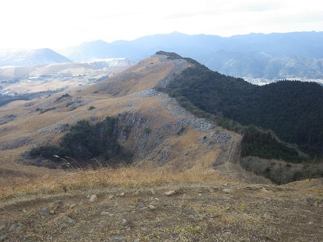 今年初の山歩き…平尾台_e0164643_16110664.jpg