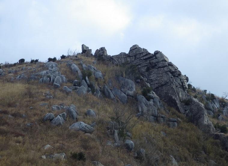今年初の山歩き…平尾台_e0164643_16114726.jpg