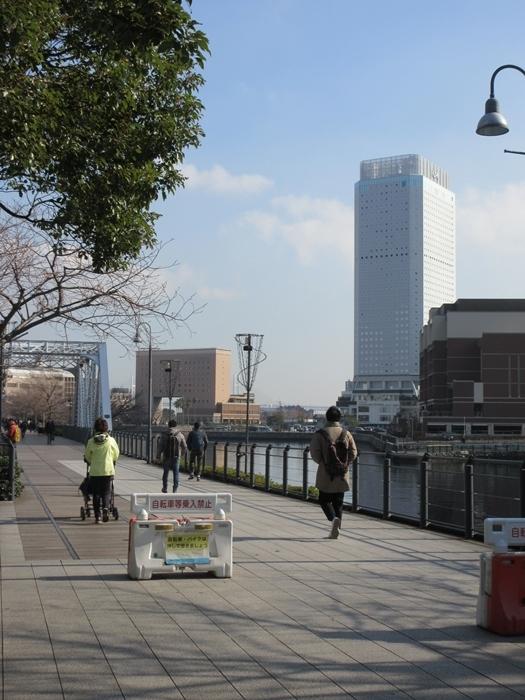 【桜木町駅からアパホテルまでの道のり】てくてくのろり徒歩23分_b0009849_17273820.jpg
