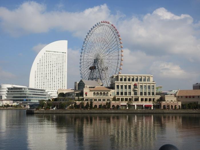 【桜木町駅からアパホテルまでの道のり】てくてくのろり徒歩23分_b0009849_17342926.jpg