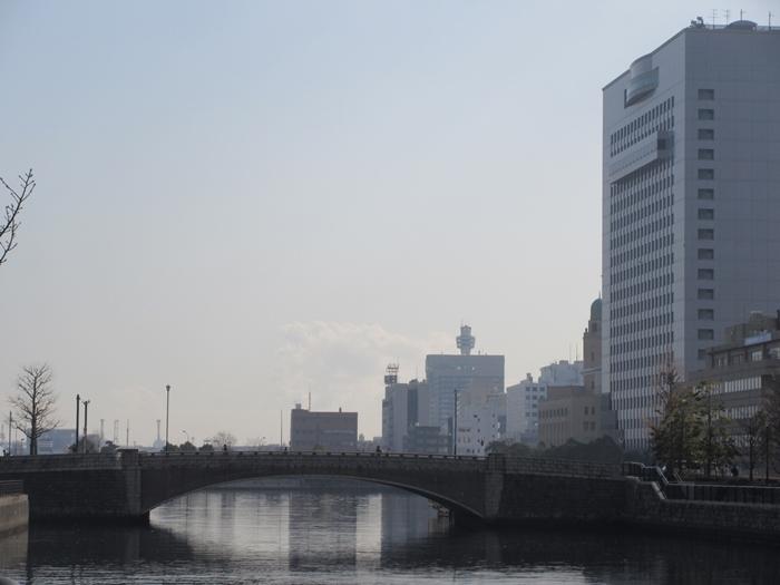 【桜木町駅からアパホテルまでの道のり】てくてくのろり徒歩23分_b0009849_17373523.jpg