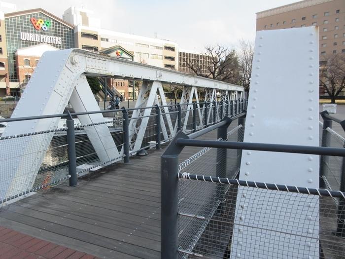 【桜木町駅からアパホテルまでの道のり】てくてくのろり徒歩23分_b0009849_17380199.jpg