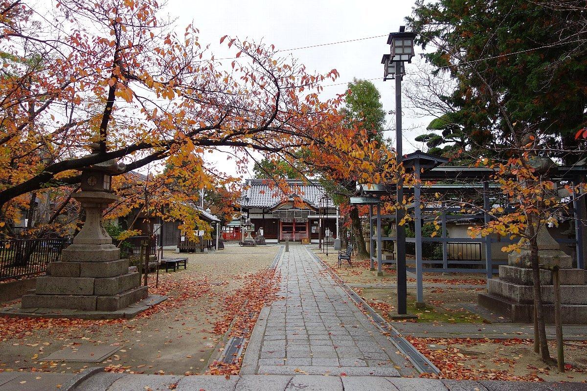 高槻市の三輪神社(その1)_c0112559_08171690.jpg