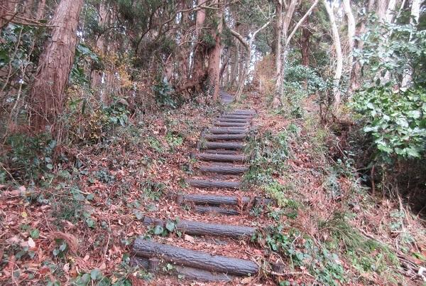 登り始めは満観峰_d0164761_15154456.jpg