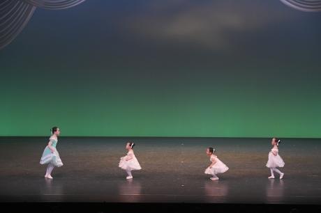 バレエの贈り物・冬 舞台写真_d0132565_18571136.jpg