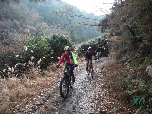 冬はマウンテンバイク!_b0332867_09373261.jpg