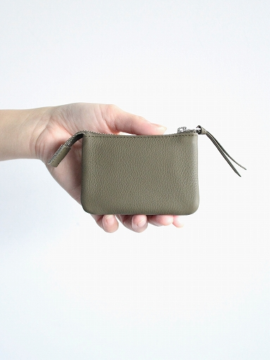 ERA. イーラ BUBBLE CALF UTILITY WALLET SMALL_b0139281_16192873.jpg
