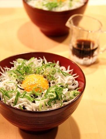 ◆しらす丼を作りました_e0154682_17304391.jpg