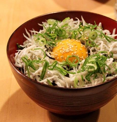 ◆しらす丼を作りました_e0154682_17345722.jpg
