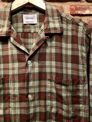 """1960s \"""" PENNEY\'S TOWN CRAFT \"""" 100% cotton VINTAGE BOX-TAIL CHECK SHIRTS ._d0172088_19075719.jpg"""