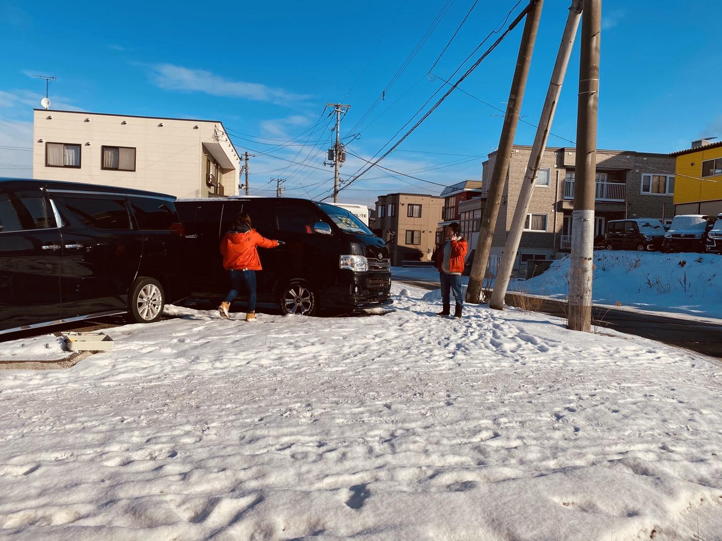 1月15日(水)本店ブログ★ワンオーナーのプラドあります💛エスカレード・ハマー・ランクル_b0127002_18134599.jpg