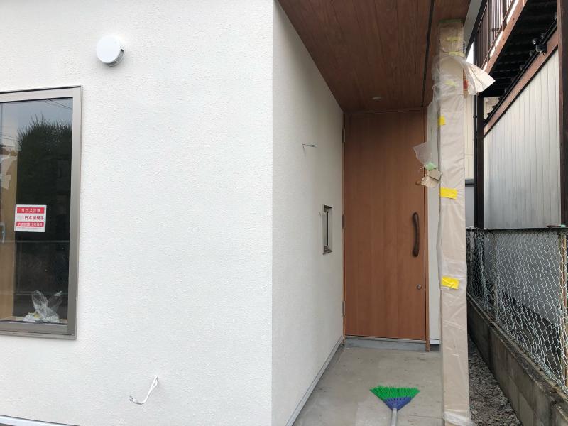 建具や家具も入ってきました(N教会)_d0086022_12511834.jpg