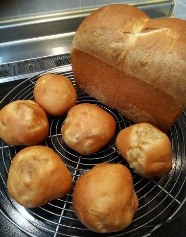 最近焼いたパンとか、ぼやきとか、いろいろ_b0149340_20310972.jpg