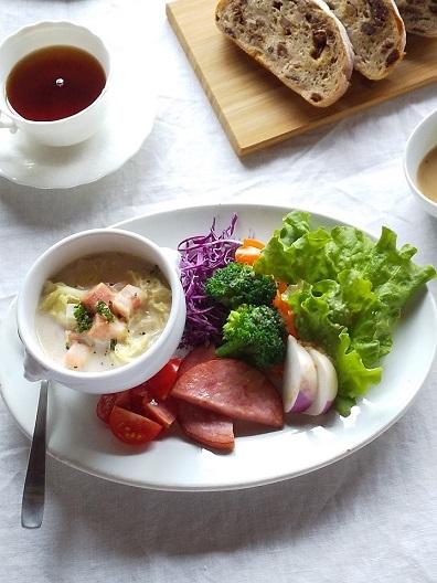 白菜とベーコンのアーモンドミルクスープ 野菜たっぷりランチ♪_d0319943_07463800.jpg