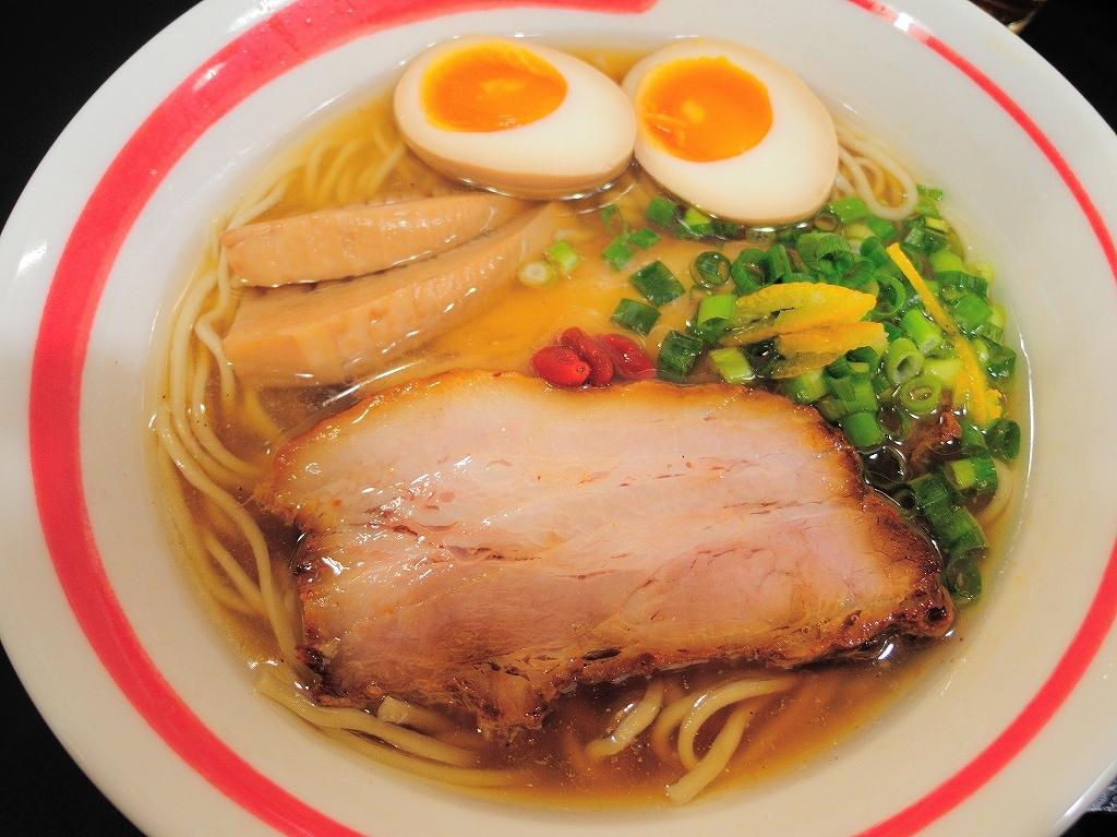 自家製麺 SHIN(新)@反町_a0384046_23113442.jpg