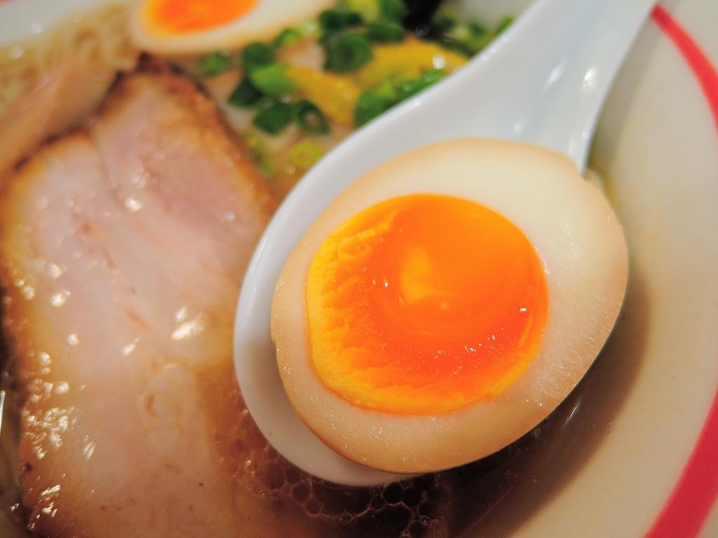 自家製麺 SHIN(新)@反町_a0384046_23114095.jpg