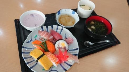 今日のお昼ご飯_d0178056_13545788.jpg