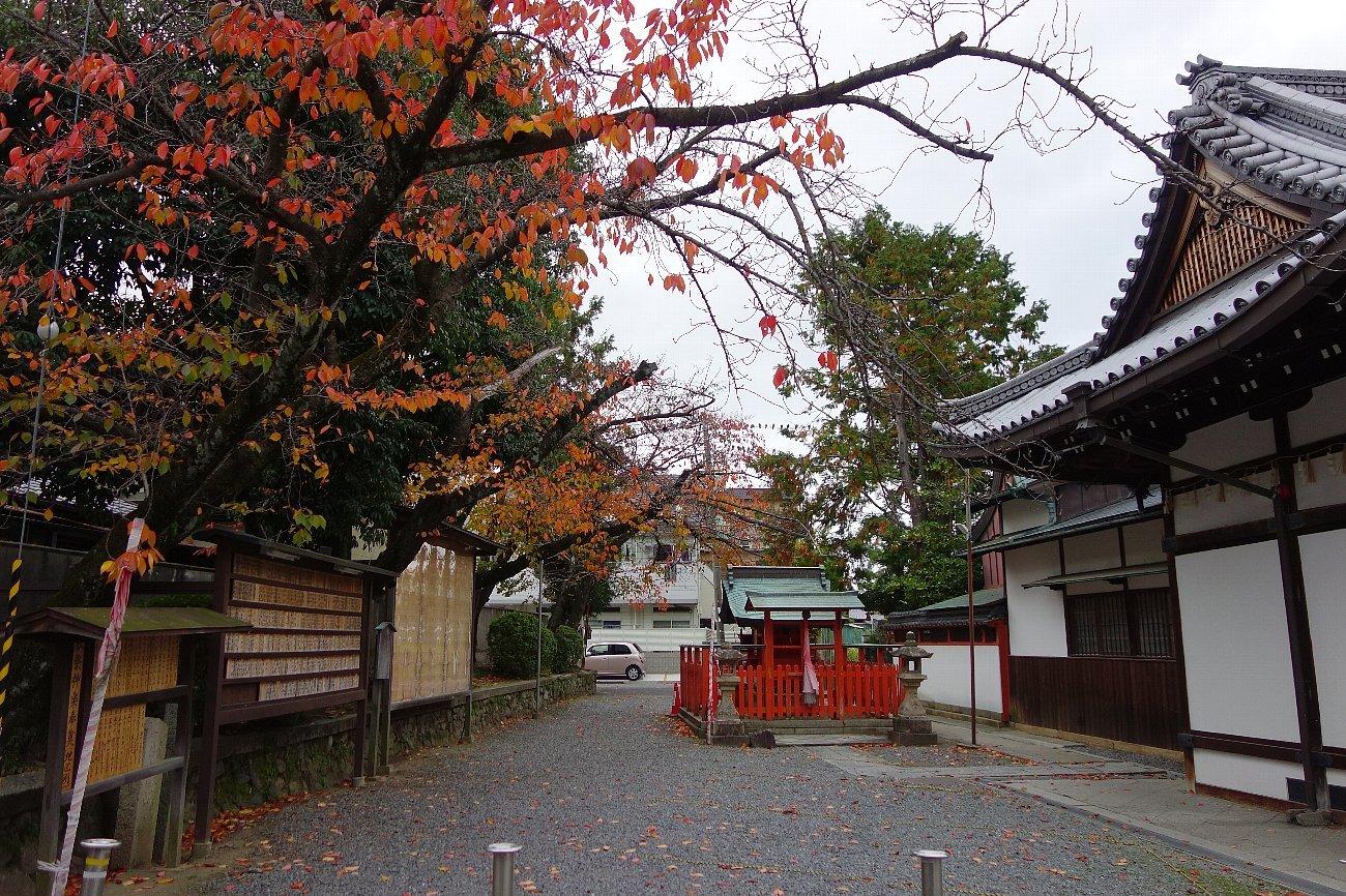 高槻市の三輪神社(その2)_c0112559_08264086.jpg