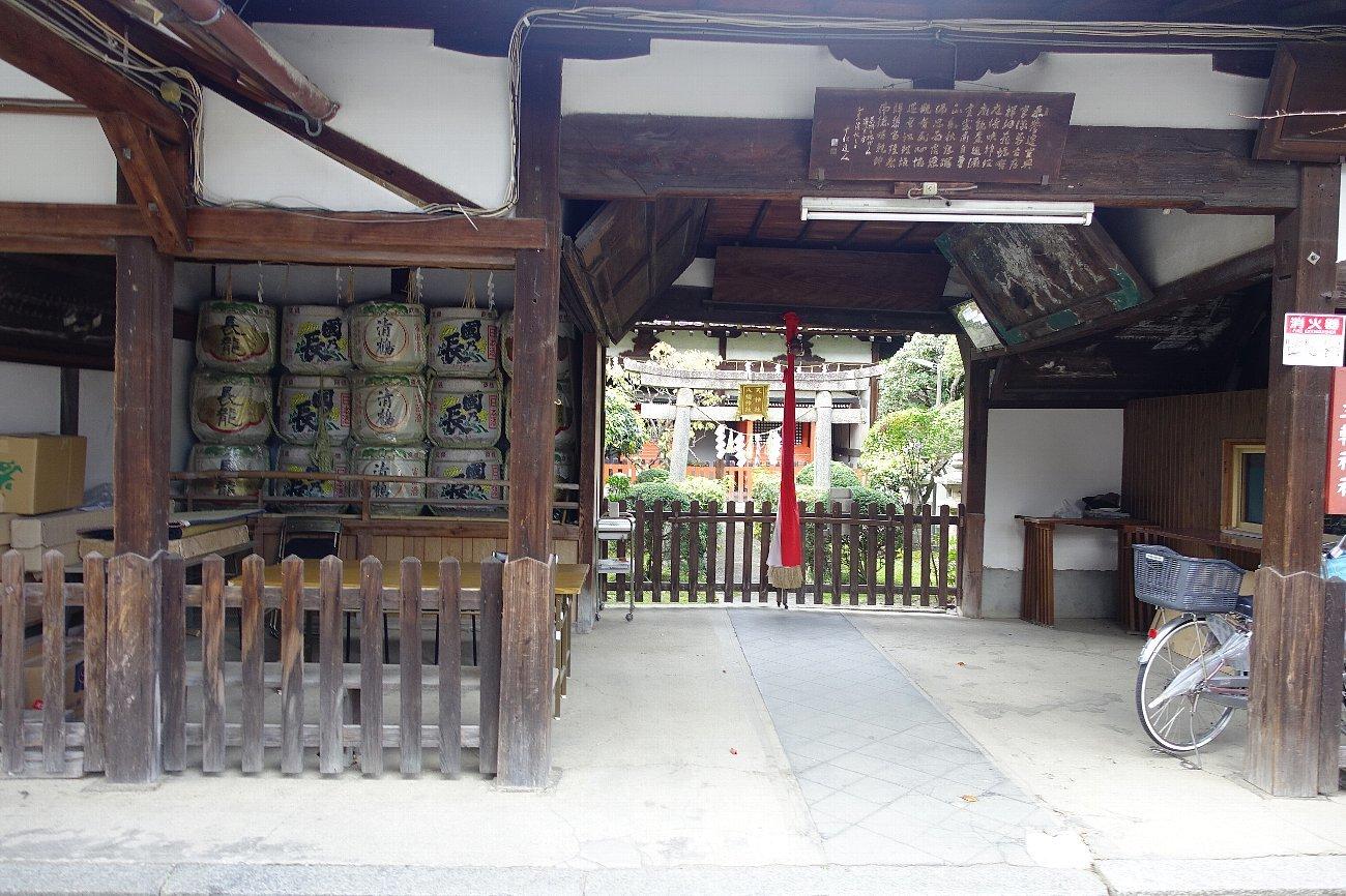 高槻市の三輪神社(その2)_c0112559_08282994.jpg
