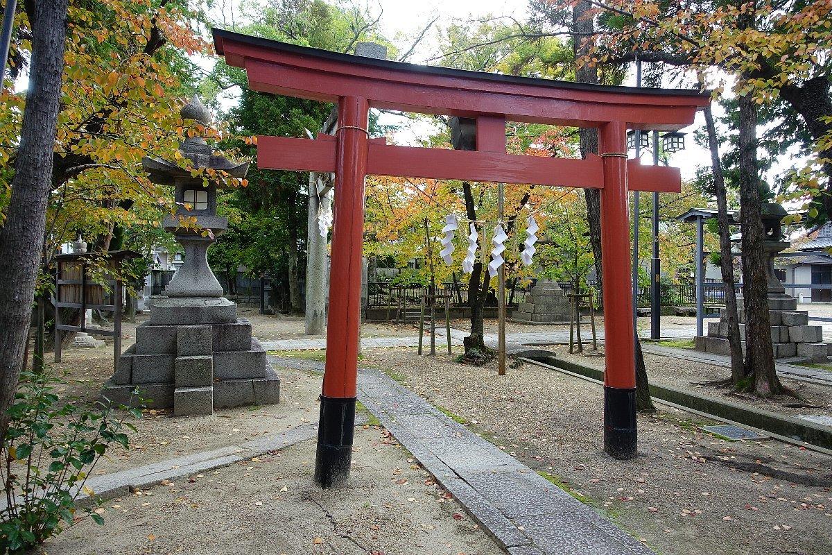高槻市の三輪神社(その2)_c0112559_08334744.jpg