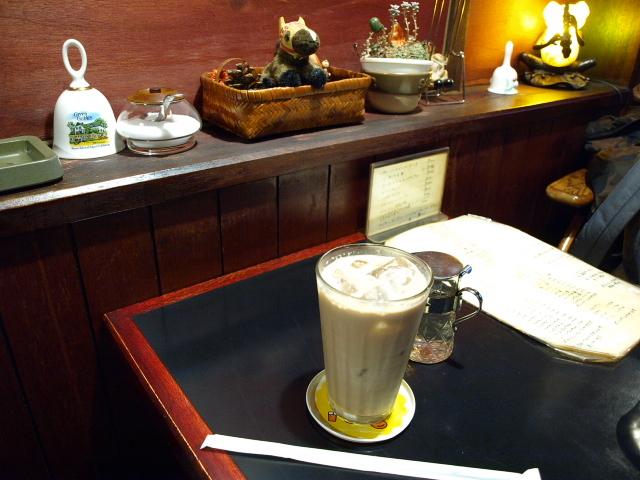 喫茶 ベル(カレーハンバーグドリア 他)_d0153062_06522489.jpg