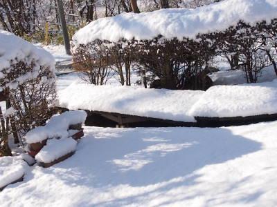 雪かき道具で_a0129867_09422464.jpg