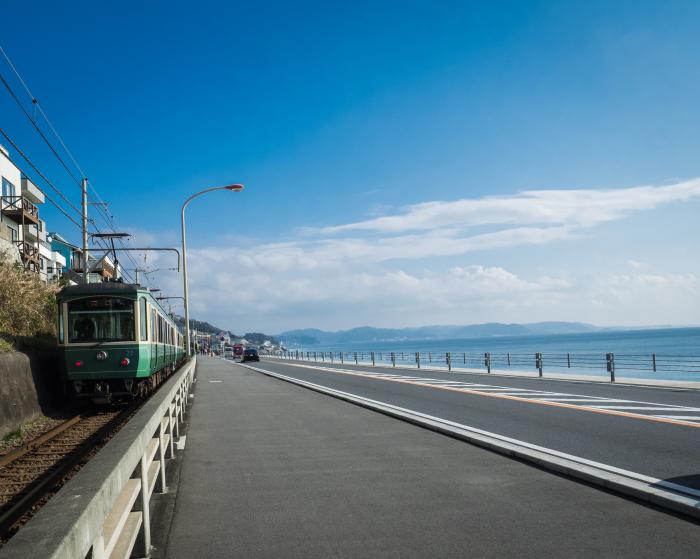 海を見る江の電・続き。_b0022268_19431346.jpg