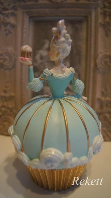 パステルカラーのデコレーションカップケーキレディー小物入れ再入荷致しました~❤_f0029571_16573974.jpg