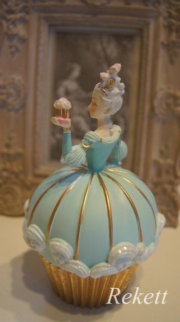 パステルカラーのデコレーションカップケーキレディー小物入れ再入荷致しました~❤_f0029571_16575465.jpg