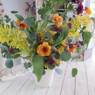 オークリーフ花の教室(甘艸さんと大草さんの作品)_f0049672_18345470.jpg