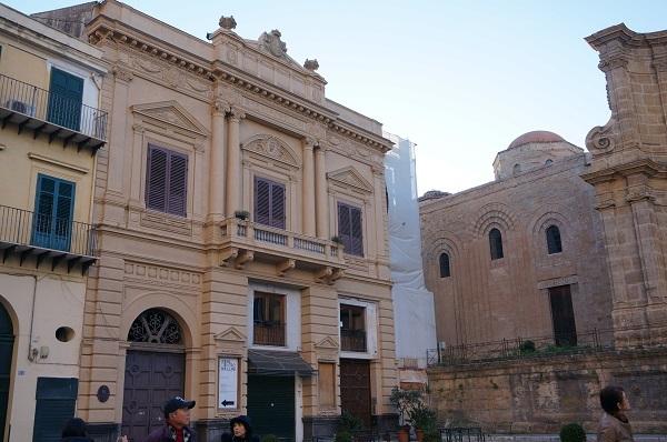 シチリア島のパレルモに_e0365880_23220680.jpg