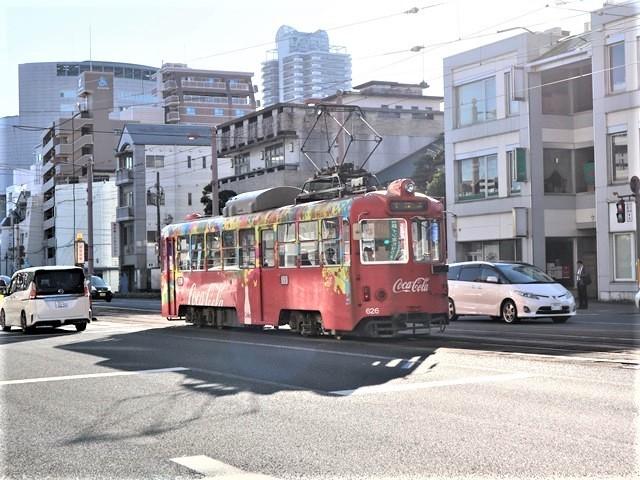 高知の街を走る路面電車、いろんな路面電車にびっくり、可愛い高知の路面電車と観光巡り_d0181492_00220607.jpg